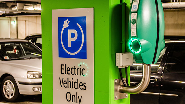 Opportunities and Challenges For Electric Vehicles in India