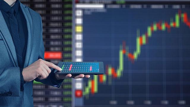 How Behavioural Biases Affect Finance Professionals