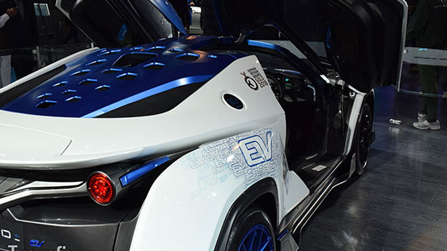 Govt Re-Energizes Its Push for Electric Vehicles in India, Time to Get Real?