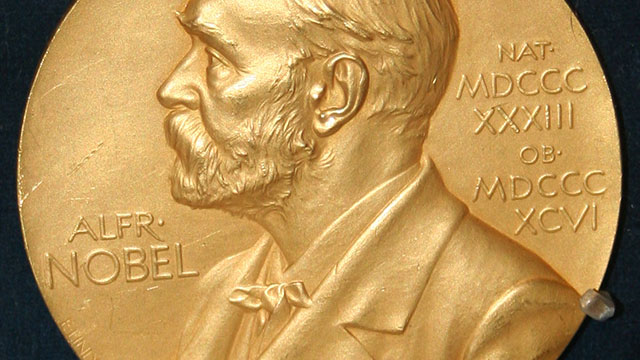 Economics Nobel Prize 2019 Winners Announced, Apple to Begin Manufacturing of iPhone XR in Chennai