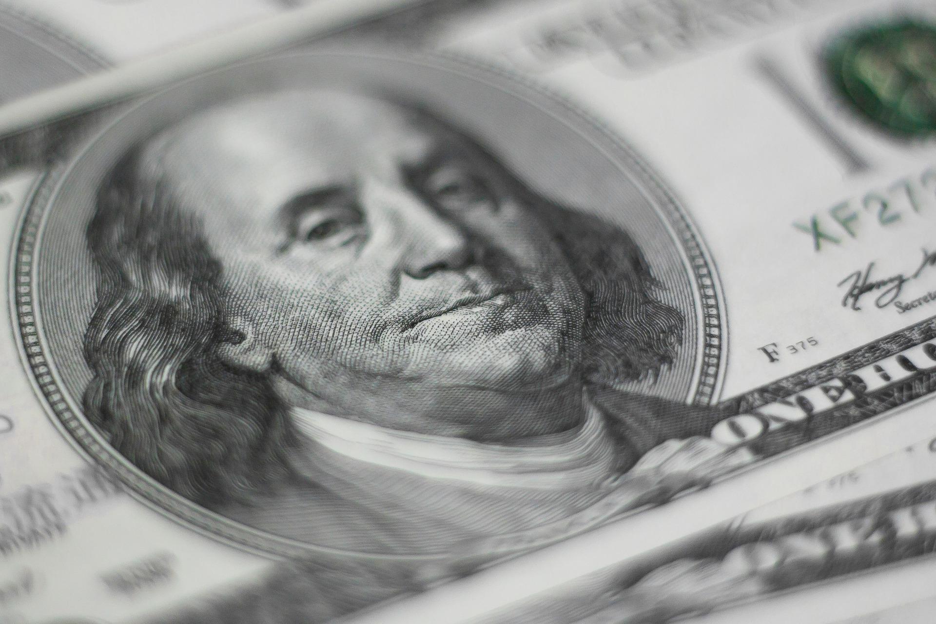 YES Bank Reports INR500cr Loss, Flipkart Narrows Losses, Alibaba Beats Earnings Estimates, Saudi Crown Prince Approves Aramco IPO