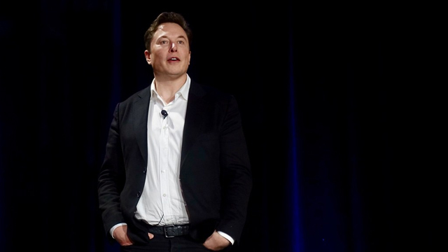 Elon Musk Says 1,000 Starships and 20 Years Needed to Build Sustainable City on Mars, Tesla's Cybertruck To Be Unveiled This Month