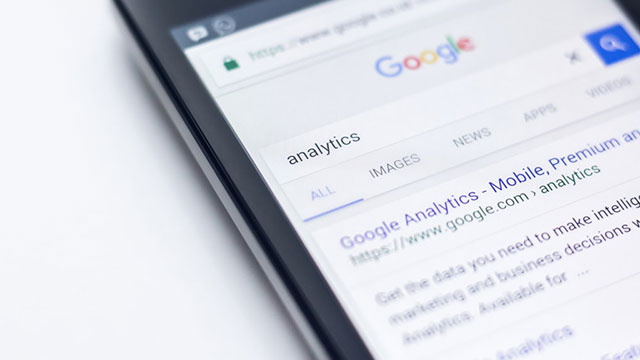 Google to restrict targetting of political ads.