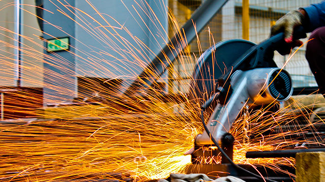 Industrial Output Rebounds as IIP Rises by 1.8%, India Could Double US Oil Imports